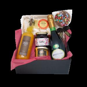 Box festive à offrir, composée de produits du terroir de la Maison Reignier